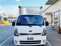 Giá xe tải  Kia K200 1,9 tấn đời mới nhất lăn bánh tại Tp.HCM . Xe tải Kia K200 thùng kín