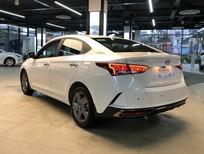 Cần bán xe Hyundai Accent 2021, màu trắng, khuyến mãi cực khủng 30tr đồng, không lấy xe hoàn lại cọc 100%