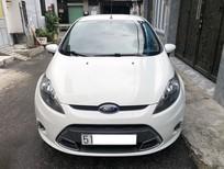 Bán ô tô Ford Fiesta 1.6AT 2012, màu trắng, giá tốt