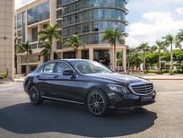 Cần bán Mercedes C class sản xuất năm 2021