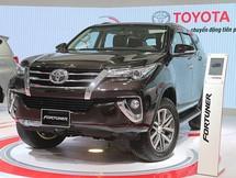 Toyota Fortuner tiếp tục không có đối thủ trong phân khúc SUV 7 chỗ