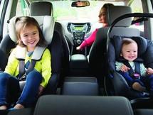Vị trí ngồi an toàn nhất trên xe ô tô của trẻ em là ở đâu?