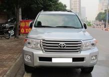 Cần bán Toyota Land Cruiser VX V8 đời 2014, màu bạc, xe nhập