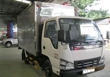 Xe tải Isuzu 2.2 tấn lưu thông trong thành phố