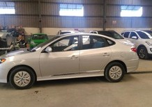 Bán Hyundai Avante mới 2017, màu bạc, nhập khẩu chính hãng