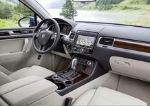 Dòng xe gầm cao SUV Bán Số 1 Châu ÂU Volkswagen Touareg 3.6l, màu xanh đen, xe nhập Đức. LH Hương 0902.608.293