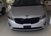 Bán xe Kia Sedona GATH đời 2015, màu bạc, mới 100%