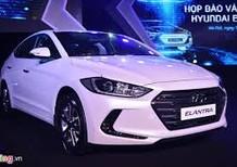Cần bán Hyundai Elantra 1.6AT 2017 màu trắng giảm giá 10-30tr  hỗ trợ trả góp 80%