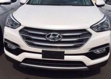 Cần bán xe Hyundai Santa Fe 2.4AT 4WD 2018 màu trắng, giao ngay. Hỗ trợ trả góp 80%