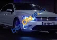 Bán Volkswagen Passat 1.8l TSI bản E màu trắng ngọc trai sedan hạng sang. LH Hương 0902.608.293 - Cam kết giá tốt