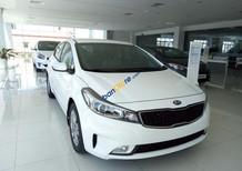 Kia Cerato 1.6 số sàn, màu trắng, giá ưu đãi tại Kia Khánh Hòa