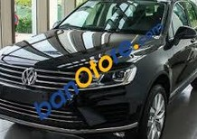 Bán xe Volkswagen Touareg GP sản xuất 2016, màu đen, xe nhập