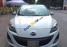 Bán xe Mazda 3 AT sản xuất năm 2010, màu trắng số tự động