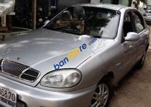 Cần bán gấp Daewoo Lanos MT sản xuất 2001, màu bạc số sàn