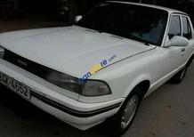 Bán xe Toyota Camry đời 1983, màu trắng, nhập khẩu