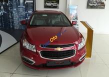 Cần bán Chevrolet Cruze LT sản xuất 2016, màu đỏ
