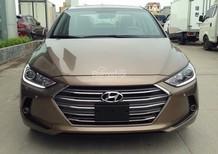 mua xe trả góp Hyundai Elantra 2017 đà nẵng , màu nâu, LH : TRỌNG PHƯƠNG – 0935.536.365