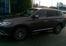 Bán xe Mitsubishi Outlander, màu đen, giá 807tr - LH: Đông Anh: 0931911444