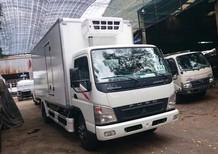 Xe tải Fuso Canter thùng đông lạnh tải trọng 4 tấn có xe giao ngay
