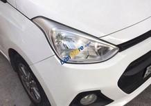Cần bán gấp Hyundai i10 sản xuất năm 2015 xe gia đình
