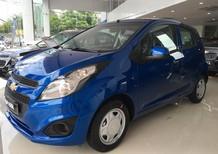 Cần bán Chevrolet Spark năm 2017, màu xanh lam, giá chỉ 339 triệu, trả góp 100%, liên hệ: Ms. Nga 09 386 33 586