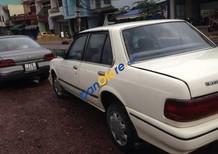 Cần bán Toyota Corolla năm sản xuất 1988, màu trắng, giá tốt