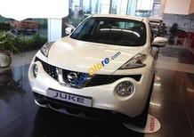 Cần bán Nissan Juke 1.6 AT đời 2015, màu trắng, nhập khẩu nguyên chiếc, khuyến mại 60 triệu đồng