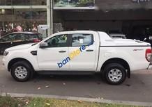 Cần bán lại xe Ford Ranger XLS 2.2 sản xuất năm 2016, màu trắng số tự động