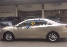Cần bán xe Toyota Camry 2.0E sản xuất năm 2015