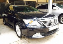 Cần bán lại xe Toyota Camry 2.0E năm 2012, màu đen