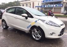 Cần bán Ford Fiesta S sản xuất năm 2013, màu trắng, giá tốt