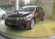 Cần bán Toyota Corolla Altis 2.0 V đời 2017, tặng thuế trước bạ, có xe giao ngay