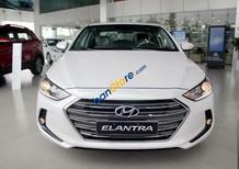 Bán xe Hyundai Elantra 2018 màu trắng, số sàn, mới 100%, giá chỉ 549tr - 0919293562