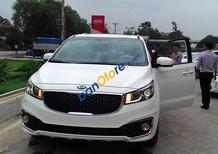 Cần bán xe Kia Sedona 2.2 DAT sản xuất 2017, màu trắng