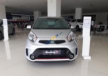 Cần bán Kia Morning SI MT sản xuất 2017, màu bạc