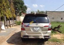 Cần bán Toyota Innova G 2015, màu vàng số sàn