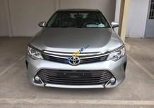 Bán xe Camry 2.5Q mới 100%, sản xuất 2016, màu bạc
