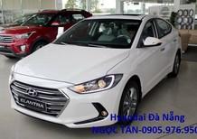 Bán xe Hyundai Elantra 2018, màu trắng, nhập khẩu CKD. Liên hệ Hyundai Sông Hàn **0905.976.950**