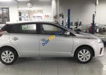 Cần bán Toyota Yaris năm sản xuất 2017, màu bạc, nhập khẩu nguyên chiếc