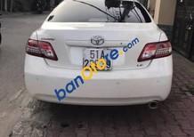Cần bán gấp Toyota Camry LE sản xuất năm 2009, màu trắng, xe nhập