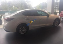 Bán ô tô Mazda 3 năm sản xuất 2017, màu trắng