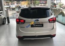 Cần bán Kia Rondo sản xuất năm 2017, màu trắng, giá tốt