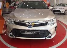 Bán Toyota Camry 2.5Q đời 2017 100%, khuyến mãi khủng, giảm tiền mặt hơn 50Tr, hỗ trợ vay 90%