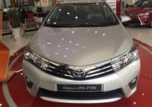 Cần bán xe Toyota Corolla altis 1.8CVT 2017, màu bạc, giá 760tr