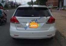 Cần bán xe Toyota Venza đời 2009, màu trắng, nhập khẩu chính hãng