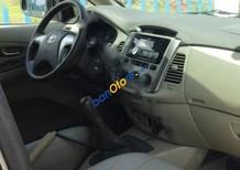 Bán Toyota Innova E màu cát, đời 2014