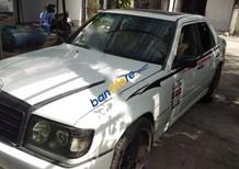 Cần bán lại xe Mercedes E260 đời 1990, màu trắng, nhập từ Đức