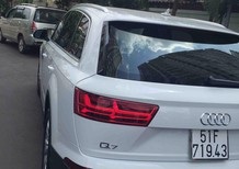 Cần bán xe Audi Q7 đời 2016, nhập khẩu chính hãng, còn mới