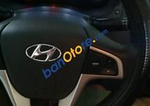 Bán xe cũ Hyundai Accent đời 2012, màu bạc số tự động, giá tốt