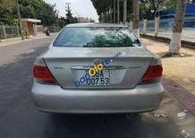 Cần bán xe cũ Toyota Camry 2.4 sản xuất 2005, màu bạc, nhập khẩu